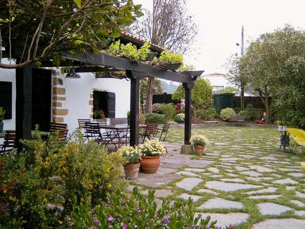 Piedras decorativas for Jardines con piedra cuarzo